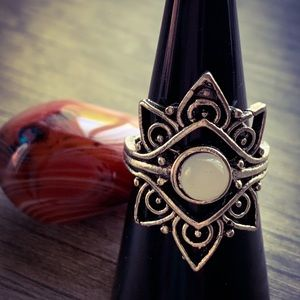 Handmade Silver Celtic Polished Quartz Ring
